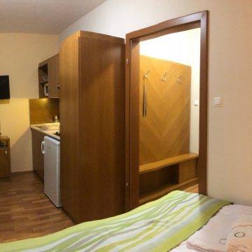 rosemary-apartmanok-mary-ii-szoba-10