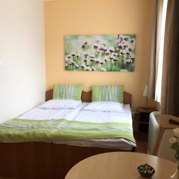rosemary-apartmanok-mary-ii-szoba-13