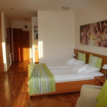 rosemary-apartmanok-rose-szoba-06