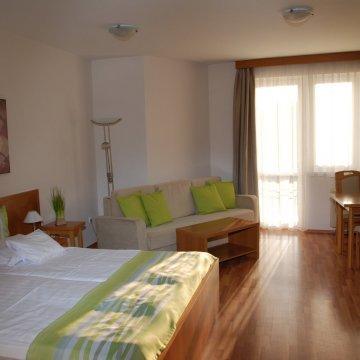 rosemary-apartmanok-rose-szoba-10